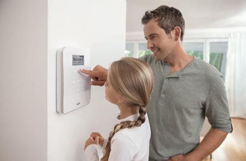 Preprosto upravljanje Secvest alarmnega sistema